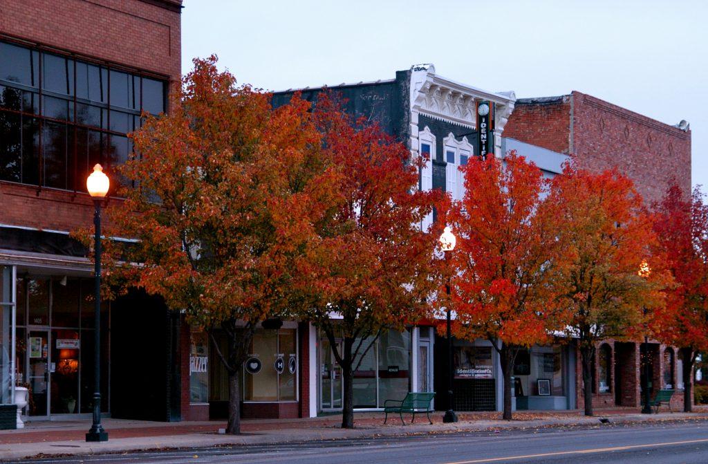 Main_Street_in_Downtown_Great_Bend_Kansas